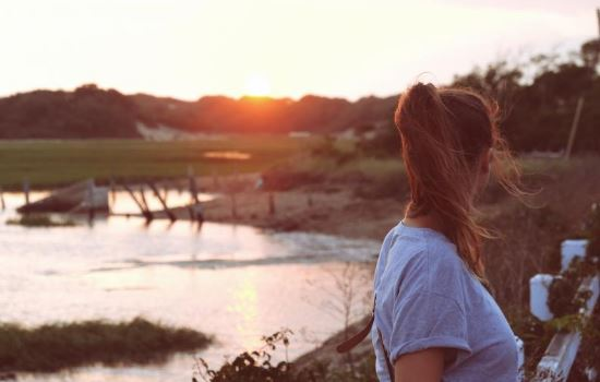 挽回女友的疑问,为什么挽回爱情时要先冷处理?