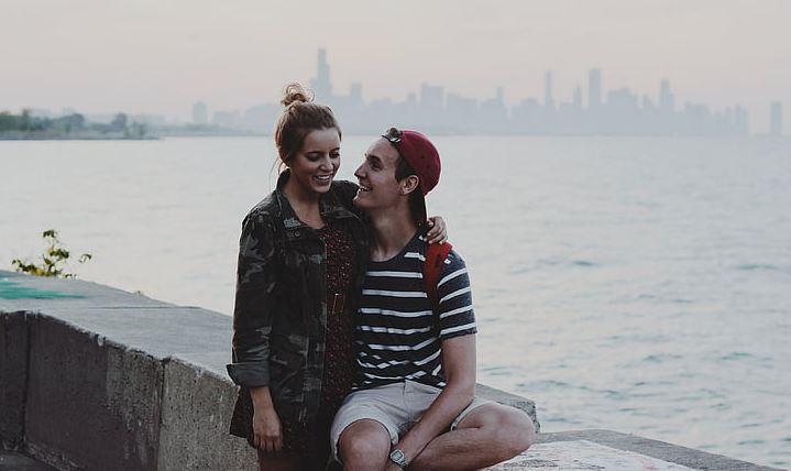 如何判断挽回女友的最佳时机?
